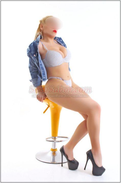 Nicole 15-6972-8538